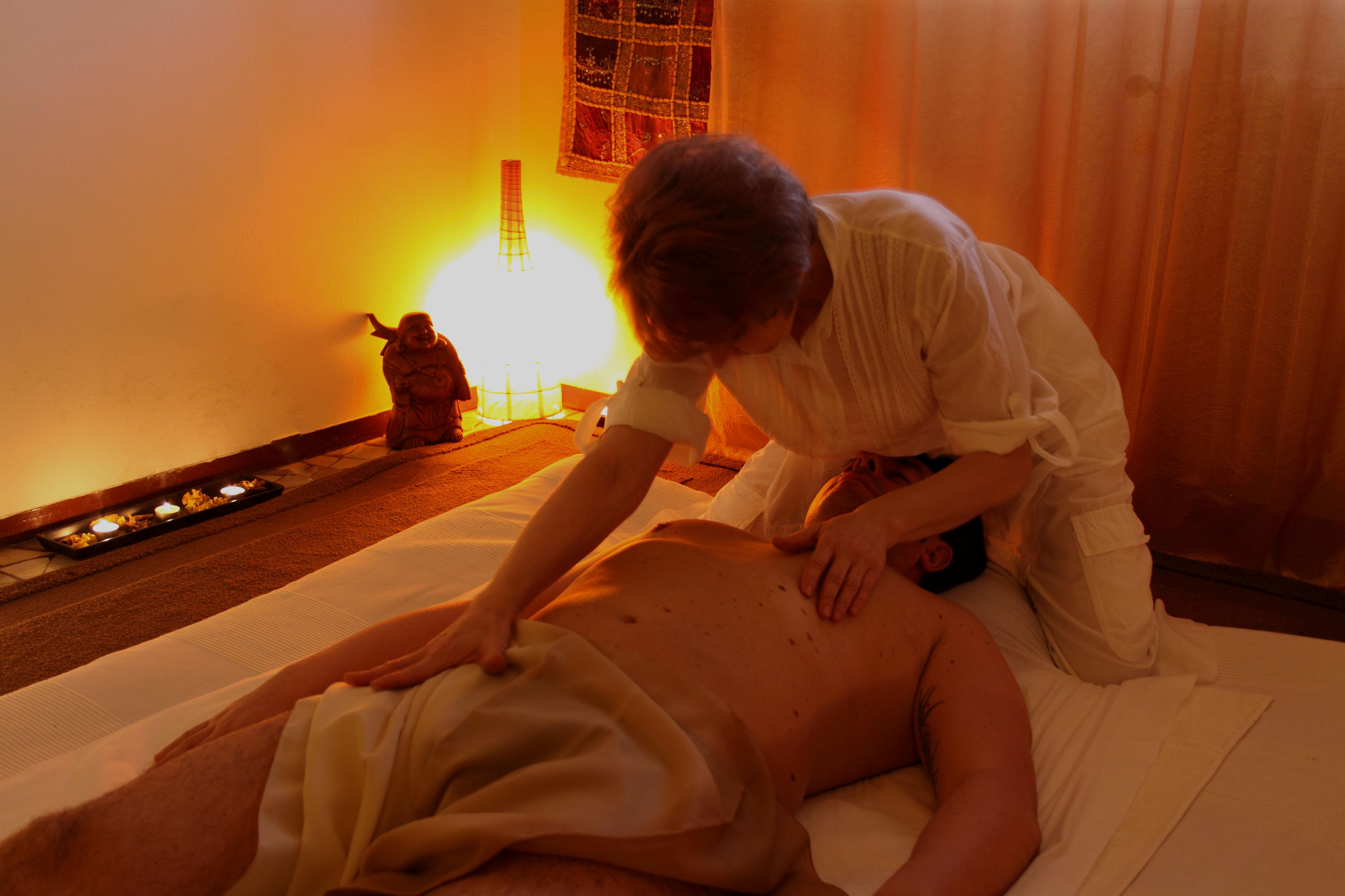 Un meraviglio massaggio Tantra